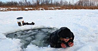 Ice Safety_ice fishing