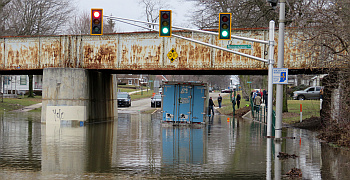 Family Express Flood_2