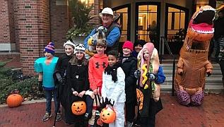 Gov Holcomb Halloween_3 2019
