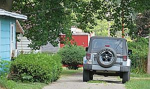 Auto Theft_Jeep LJH_2