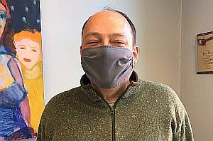 Sean Surrisi in mask